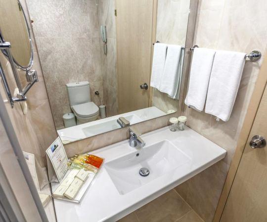 AQUA  HOTEL 5 *