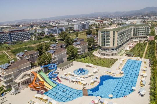 Почивка в HEDEF RESORT HOTEL 4 +*