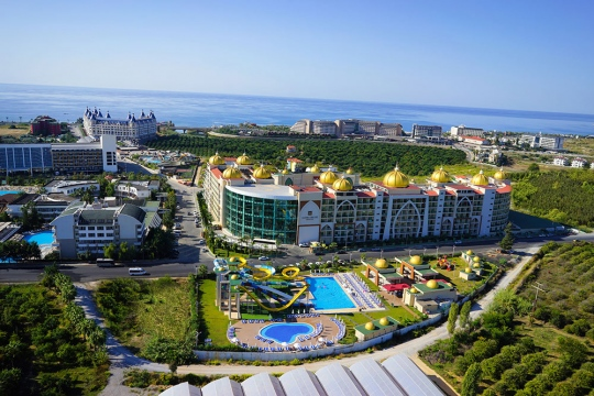 Почивка в ALAN XAFIRA DELUXE RESORT & SPA 5*